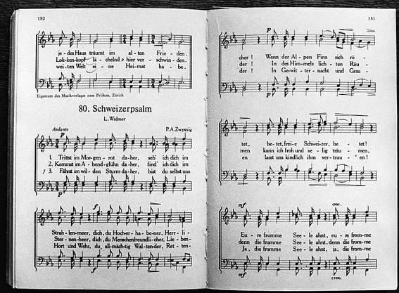 Der Schweizerpsalm von Alberik Zwyssig und Leonhard Widmer aus dem Jahr 1841 soll im Gesetz verankert werden, findet der Ständerat. (Archivbild)