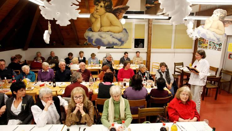 Weihnachtsfeier Geschichte.Weihnachtsfeier Bringt Einsame Herzen Zusammen Grenchen Solothurn