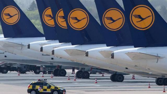 Blieben am Boden: Lufthansa-Maschinen in Düsseldorf