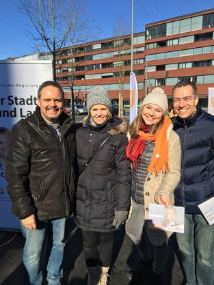 Natalie Rickli zeigte sich zusammen mit den den Kandidierenden Burtscher und Lottenbach sowie CVP-Kandidatin Janine Vannaz.