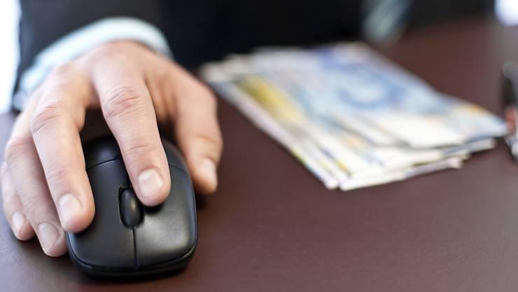 Lehringe der Basler Kantonsverwaltung bekommen fünf zusätzlich fünf bezahlte Freitage. (Symbolbild)