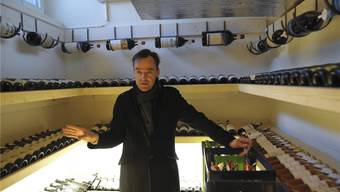 Pierre Buess will den Landgasthof zum Erfolg führen – unter anderem mit einem beeindruckenden Weinkeller. Martin Töngi
