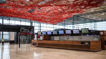 Sollte eigentlich im Jahr 2011 aufgehen: Der Terminal 1 des neuen Berliner Flughafens BER im Süden der deutschen Hauptstadt. (Archivbild)
