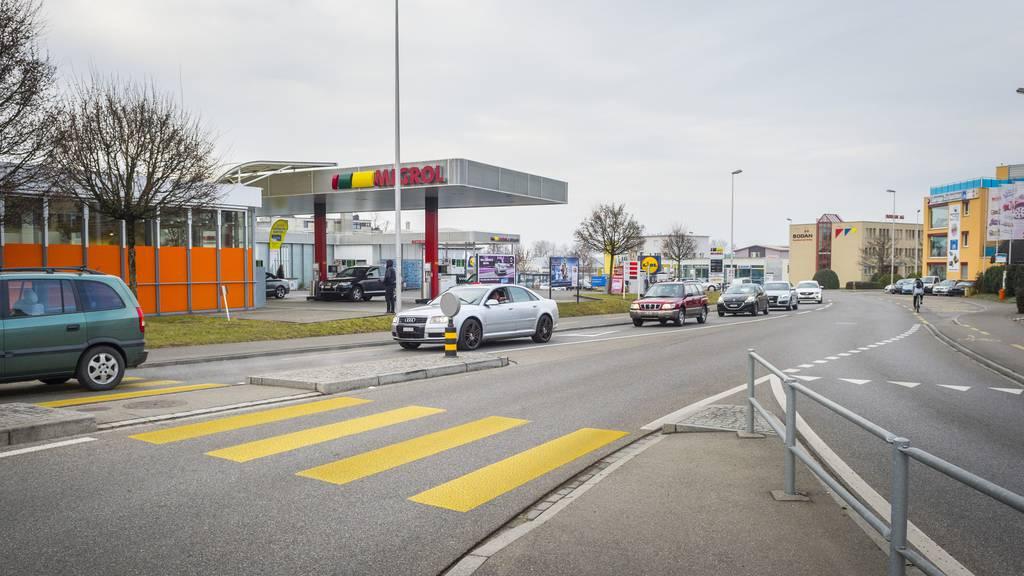 Der Mann wurde mit 109 km/h an an der Seetalstrasse geblitzt. (Archiv)