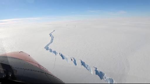 Riesiger Eisberg in der Antarktis abgebrochen