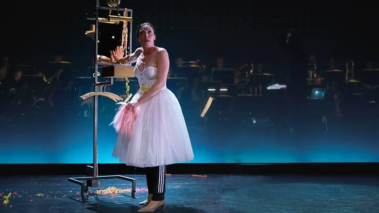Sopranistin Nicole Chevalier in der beeindruckenden Luzerner Inszenierung.