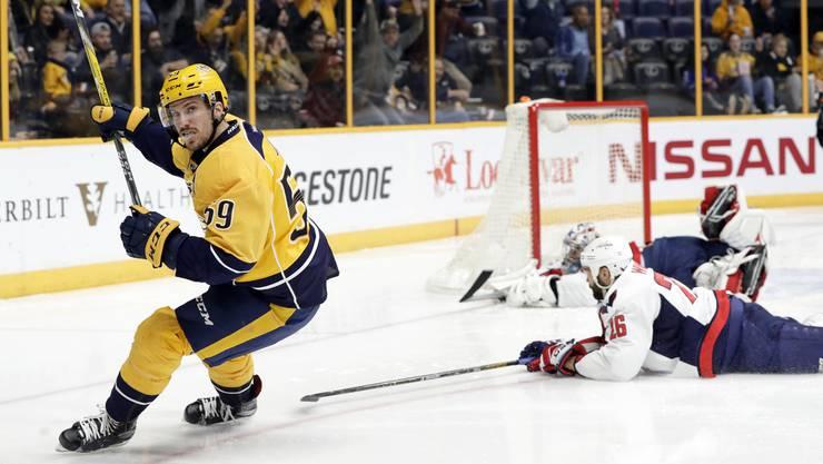 Nationaltrainer Patrick Fischer will nicht auf die NHL-Stars verzichten. Im Bild: Roman Josi (l.).