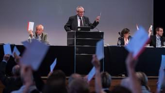 Die Motion von Christian Baur für 100 zusätzliche Asylplätze scheiterte hauchdünn mit 104 gegen 107 Stimmen.