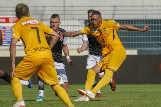 Eine Woche später folgt ein weiteres 2:0 - diesmal gegen Lugano. Torschütze des zweiten Treffers: Guillaume Hoarau.