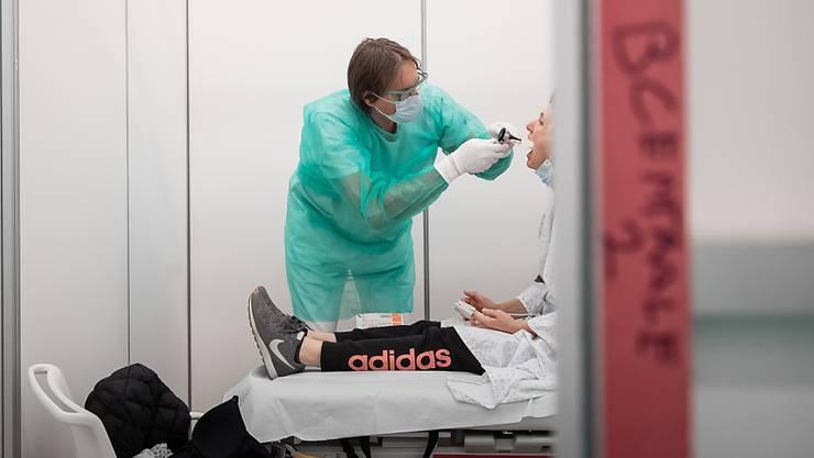 Das Coronavirus beschäftigt die Schweiz. (Symbolbild)