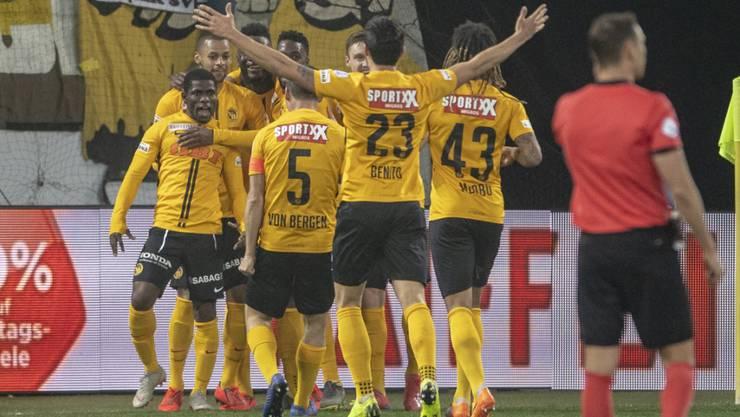 Die Young Boys feiern in Luzern den Sieg und schon bald auch die Meisterschaft