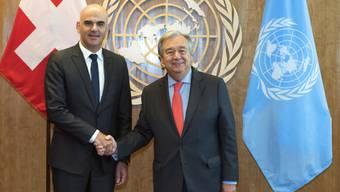 Bundespräsident Berset hat an der Uno-Vollversammlung in New York Uno-Generalsekretär Guterres getroffen. Nach Meinung von Berset spielt die Uno für die Schweiz eine wichtige Rolle.