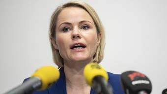 SVP-Gesundheitsdirektorin Natalie Rickli informierte am Donnerstag über die Situation in den Zürcher Alters- und Pflegeheimen. (Archivbild)