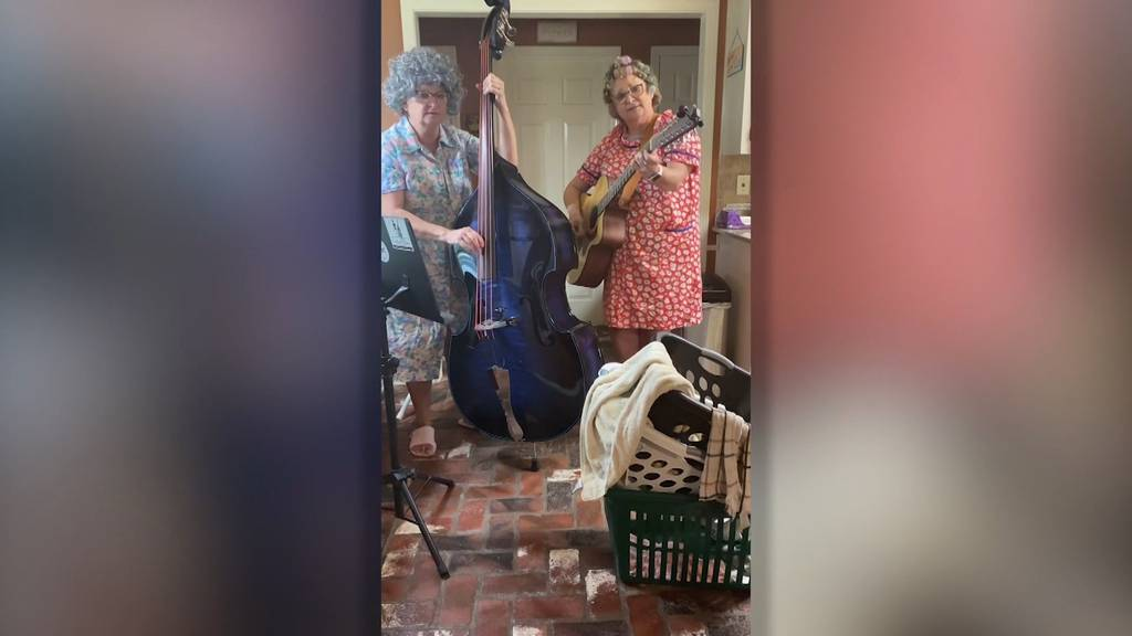 Der «Coronavirus Blues» dieser Zwillingsschwestern geht viral