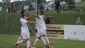 Hier bejubelten die Murianer Christian Ianus Tor gegen den FC Bazenheid in der Cup-Qualifikation. Nun treffen sie auf St. Gallen.