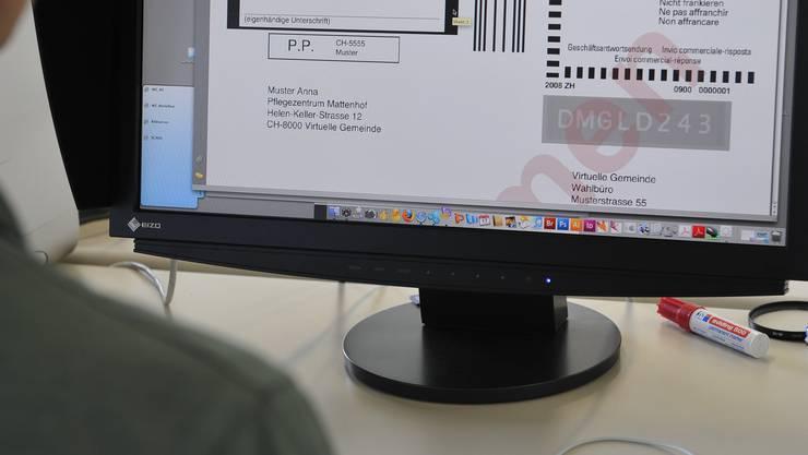 Die Stimmberechtigten von fünf Aargauer Gemeinden sollen ab 2019 testweise elektronisch «an die Urne gehen können». Oder doch nicht?