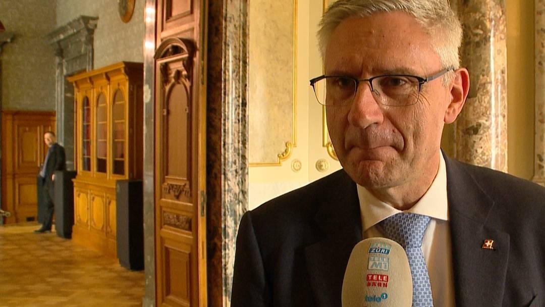 """SVP-Glarner rechtfertigt """"Arschlan""""-Beleidigung: """"Das war ein Versprecher!"""""""
