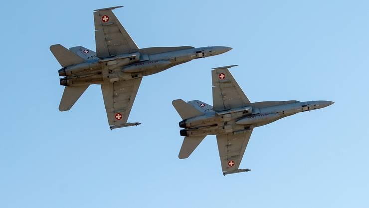 Die Schweizerische Sicherheitsuntersuchungsstelle (Sust) kritisierte bereits in Vergangenheit, dass die Schweizer Armee ihre Luftfahrzeuge nicht mit Kollisionswarngeräten ausstattet. (Symbolbild)