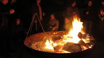 Grillieren im Wald und in Nähe der Waldrände ist wegen der derzeitigen Trockenheit verboten.