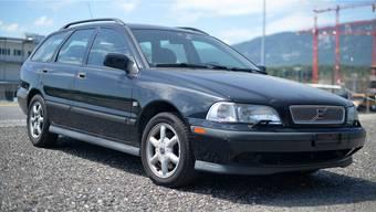 Dies ist der schwarze Schwede aus Bulgarien. Wenn sich der Besitzer nicht meldet, wird der Volvo entweder vernichtet oder verkauft.