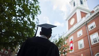 Die Elite: Ein Harvard-Absolvent.