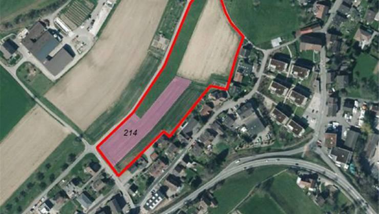 Rot: das Areal Grossfeld/Nüeltsche. Gemeinde-Parzelle 214 wird verkauft.zvg