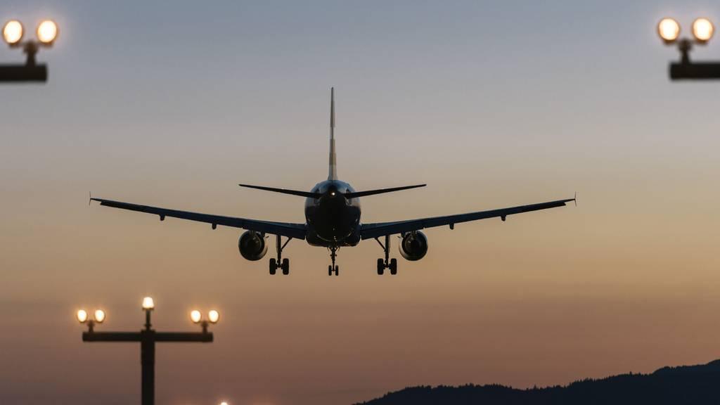 Umweltkommission des Nationalrates stellt Weichen für Flugticketabgabe