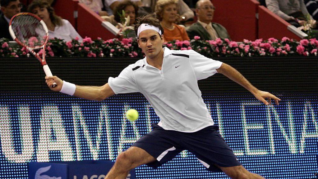 Dritter verschiedener Belag: 2006 findet das Turnier in Madrid noch im Herbst und in der Halle statt, mit Federer als Sieger