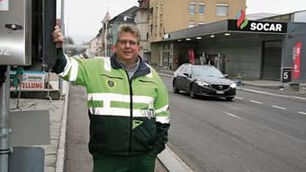 René Leuenberger, Vizepräsident von Gewerbe Region Frick-Laufenburg, ist erleichtert, dass die Baustelle an der Kantonsstrasse heute beendet wird.