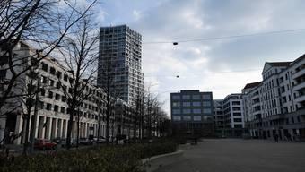 Mit einem Café, mehr Schatten und Sitzgelegenheiten will der Quartierverein Limmatfeld den Rapidplatz beleben.