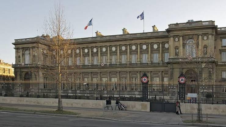 """Trumps Worte zu den Anschlägen in Frankreich kommen in Paris gar nicht gut an. Das Aussenministerium fordert in einer Reaktion """"Respekt für die Erinnerung an die Opfer""""."""