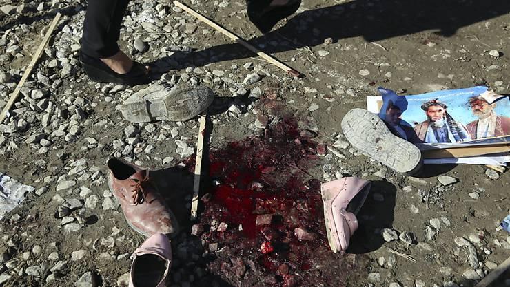 ARCHIV - Trotz einer Waffenruhe für das islamische Opferfest Eid al-Adha reißt die Gewalt in Afghanistan nicht ab. Foto: Rahmat Gul/AP/dpa