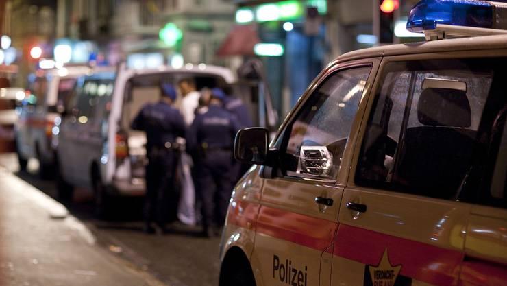 Mehr Gewalt im Ausgang: Die Polizei setzt deswegen auf verstärkte Präsenz an den Hotspots des Nachtlebens.