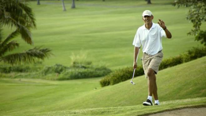 Barack Obama beim Golfen.
