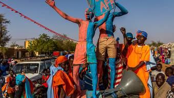 Bunter Wahlkampf in Niger: Anhänger des oppositionellen Präsidentschaftskandidaten Hama Amadou in Niamey