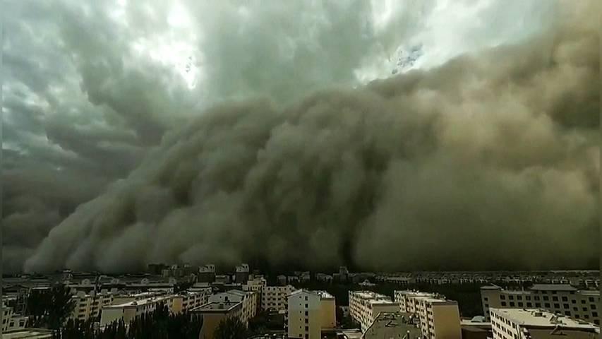 Sandsturm überrollt chinesische Stadt