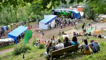 Das Festival des Arcs verwandelt vom 22. bis 23. Juni die Gipsgrube in ein idyllisches Festgelände, wie es auch im Jahr 2016 der Fall war.