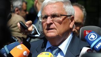 Jetzt dreht der frühere DFB-Präsident Theo Zwanziger den Spiess um und verklagt die Schweizer Bundesanwaltschaft (Archivbild).