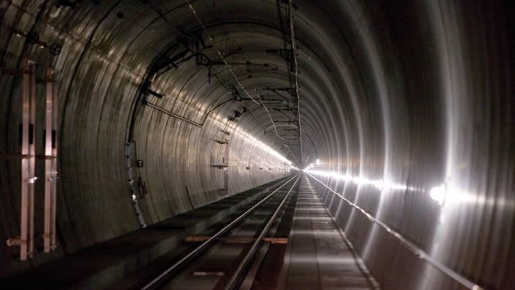 Die Sanierung des Lötschbergtunnels kostet einiges mehr als ursprünglich geplant.