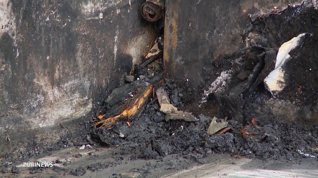 Feuerwehr verhindert Grossbrand in Entsorgungscenter Mülliland