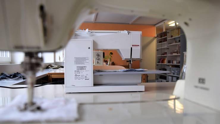 Der Heimgarten weiht das neue Werkatelier an der Altenburgerstrasse 49 in Brugg ein;Blick in den Textilraum.