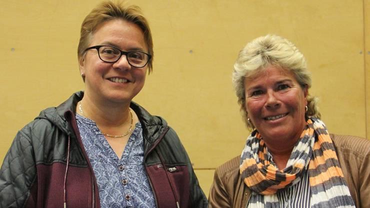 Sie bilden den Vorstand des Gönnervereins Haus Eigenamt: Susanne Obrist (l.) und Präsidentin Doris Iten, beide aus Birr. Es fehlt Silvia Wolleb aus Lupfig. cm