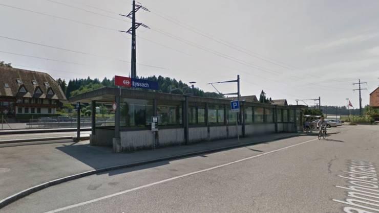 Beim Bahnhof Lyssach ist am Sonntag ein Mann von einem Zug erfasst worden (Themenbild).