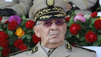 Algeriens Armeechef Gaid Salah - mit 79 Jahren auch er nicht mehr der Jüngste, Präsident Abdelaziz Bouteflika ist nur drei Jahre älter (in einer Aufnahme vom Juli 2018).