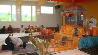 Heute nahm die Religionsgemeinschaft der Sikh Abschied von ihrem Mitglied und Würenlinger Mordopfer Jonas L.. Auch seine Tante war vor Ort.