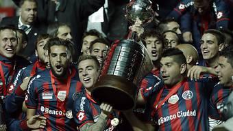 Durfte die Copa-Libertadores-Trophäe erstmals stemmen: San Lorenzo