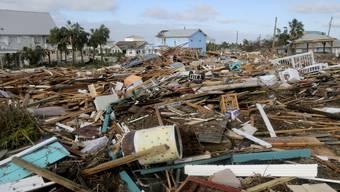 """Schneise der Verwüstung in Florida: Wirbelsturm """"Michael"""" forderte mehrere Todesopfer und zahlreiche Verletzte."""