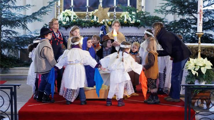 Die Schulweihnachtsfeier sorgt in Zeiningen für Diskussionen. (Archiv/Symbolbild)