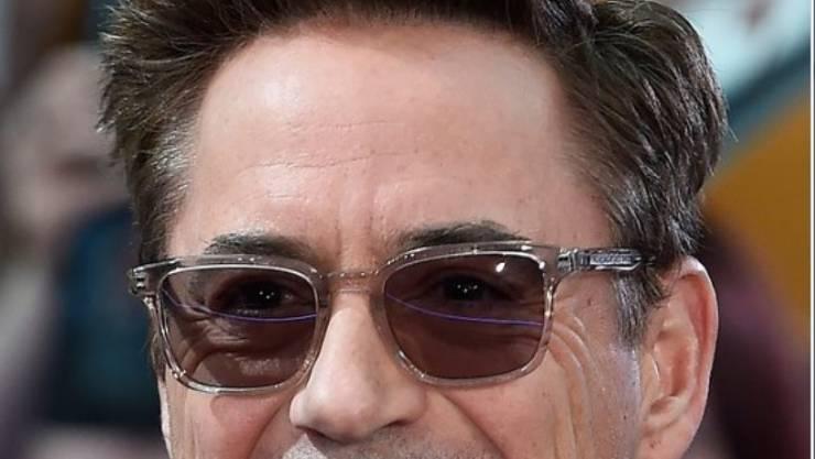 Der US-Schauspieler Downey jr. unterstützt Innovationen von Facebook-Gründer Mark Zuckerberg (Archiv)