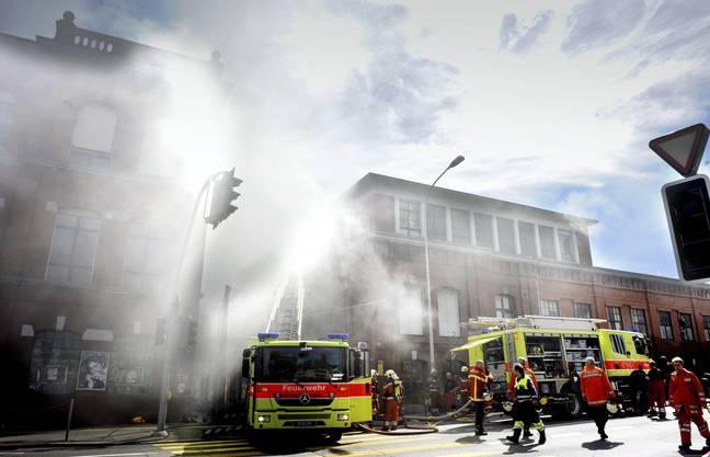 Der Brand sorgte für ein Grossaufgebot von Schutz und Rettung.
